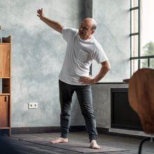 Ejercicios y yoga para hacer en casa y mejorar tu bienestar